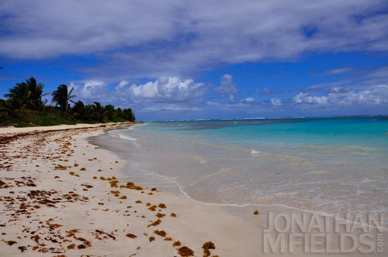 culebra-flamenco-beach-left